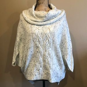 NWT Anthropologie Cable Knit Poncho Sweater XS